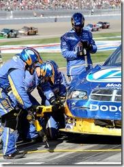 2010 Las Vegas NSCS Kurt Busch pits damage