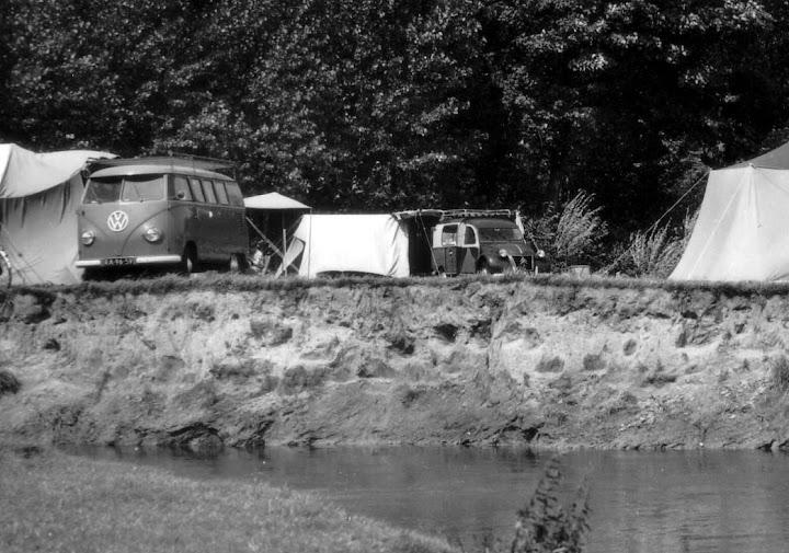 Photos d'époque de camions Citroën - Page 15 AZUL_meerssen