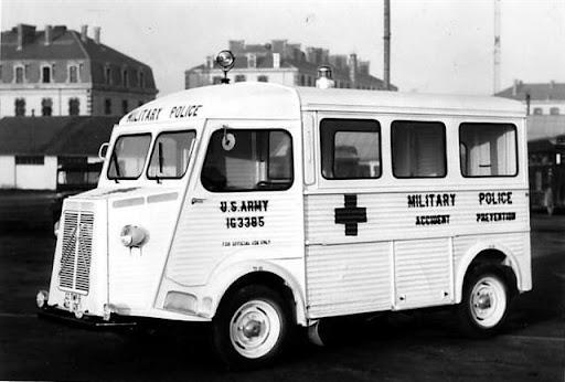 Photos d'époque de camions Citroën - Page 15 HY_US-army