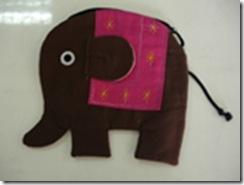 กระเป๋าช้างกลาง1