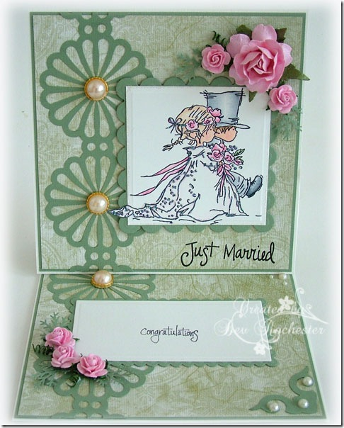 lotv-wedding-couple-easel-c