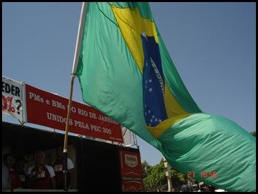 Segunda caminhada pela PEC300-2008 em 27-09-2009 em Copacabana 030