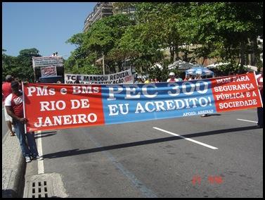 Segunda caminhada pela PEC300-2008 em 27-09-2009 em Copacabana 006