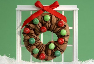 c60_chocolate_cookie_wreath_l