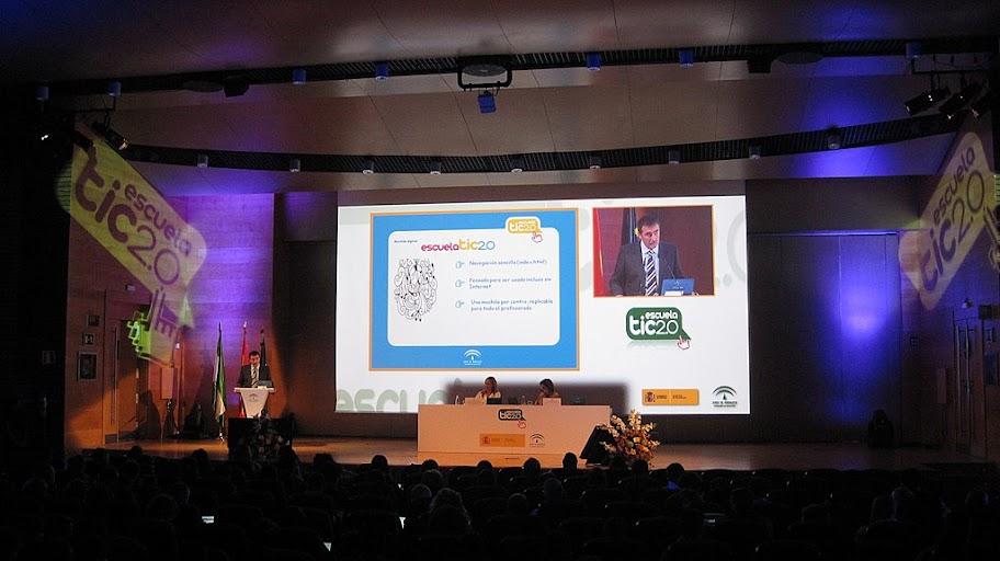 Sesión informativa a Coordinadores.