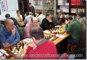 Partidas en juego de la semifinal Sabiñanigo-Atletismo Huesca