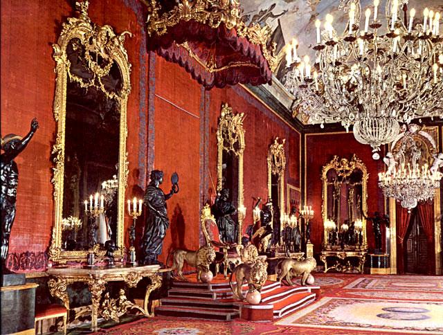 Castillo Elfico - Página 2 Salon%20del%20Trono