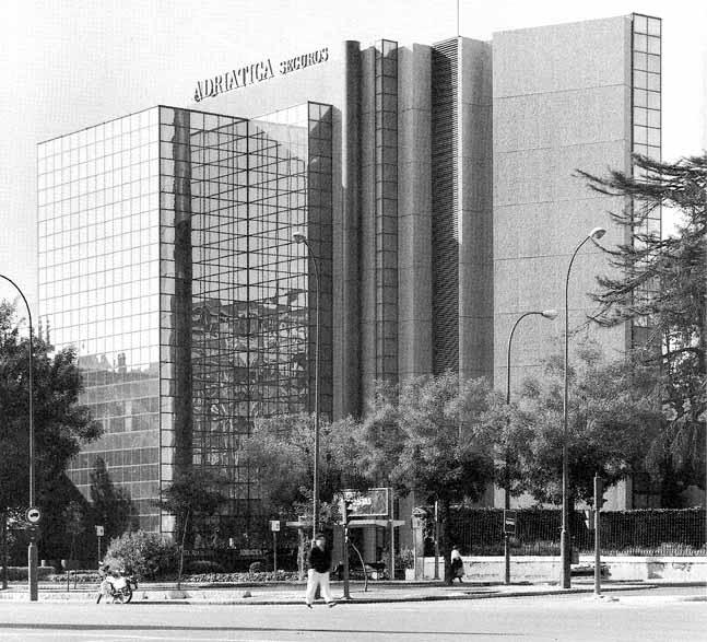 Madrid 2008 09 apuntes mi rcoles 20 de mayo for Oficinas de allianz en madrid