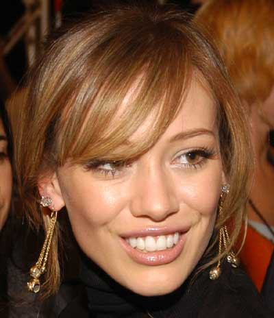 hilary-duff-teeth.jpg