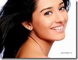 Amrita-Rao-close-up (3)