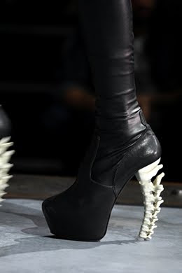 dsquared-vertebrae-heels.jpeg
