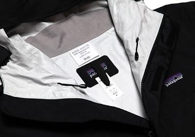 patagonia-apolisactivism-jacket-selectism-0.jpg