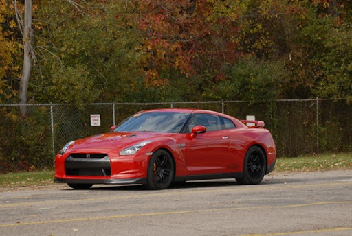 nissan gt r r35 switzer p800. Not too bad for an R35 GT-R.