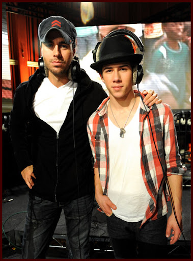 Jonas Brothers grabando WE ARE THE WORLD [Fotos!] Wearetheworld012J