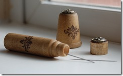 Matching Thimble and Needle Case