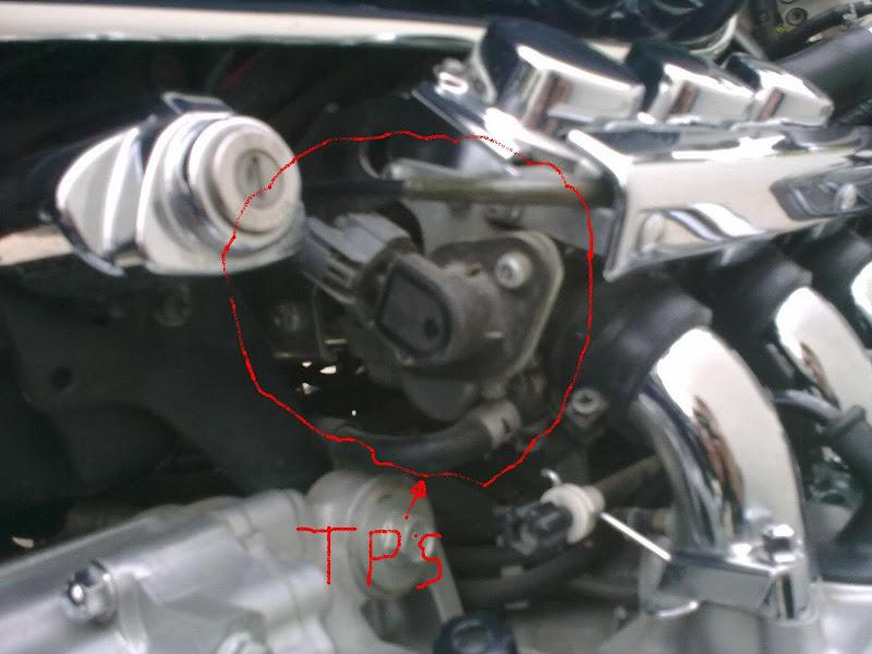 Sensor TPS in Valkyrie 1998. Europe. 21102009_020foro
