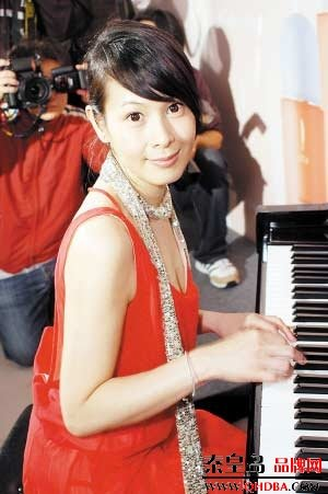 Taiwan Celebrity Actress Rene Liu Ruo Ying Photo Gallery