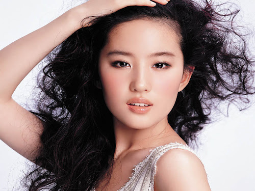 Download Wallpaper Crystal Liu Yifei Pemeran Bibi Lung