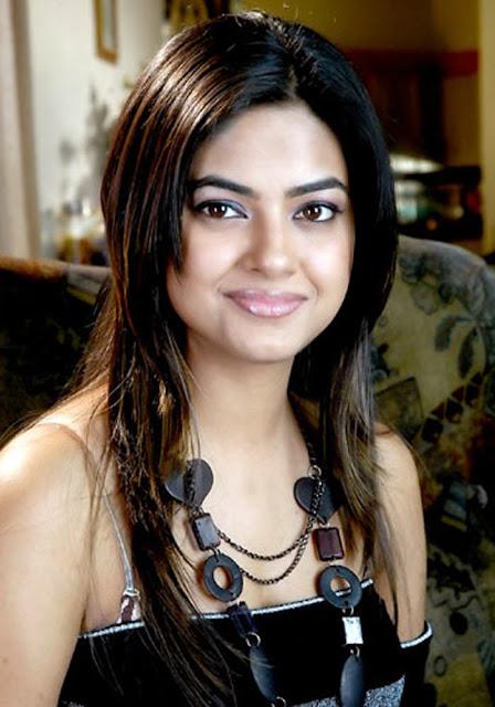 Photo Gallery: India Beautiful Actress Meera Chopra