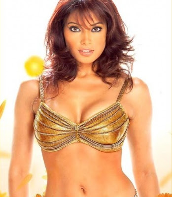 Bollywood Actress: Bipasha Basu