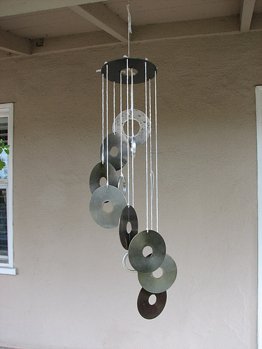 Sudo life diy hdd wind chimes ftw for Homemade chimes