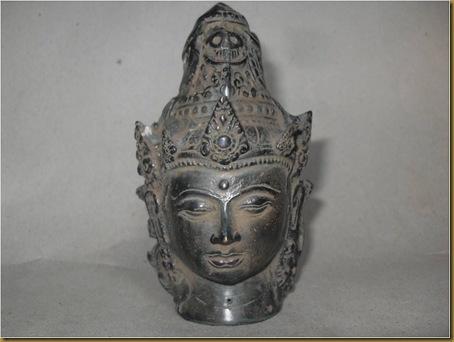 Patung kepala dewa