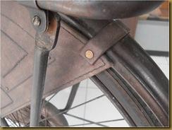 Pemasangan cover roda