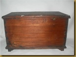 Kotak kayu ukir - belakang