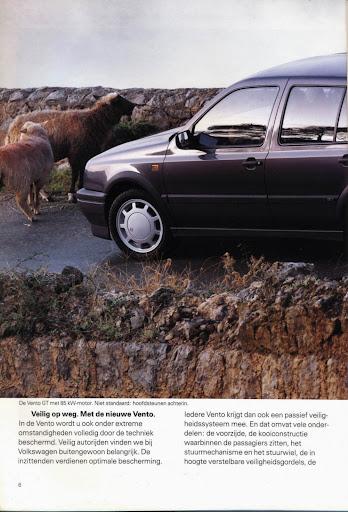 volkswagen_vento_1992_06.jpg