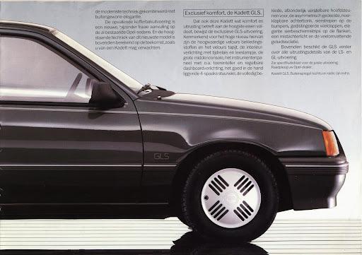 opel_kadett_sedan_1985_03.jpg