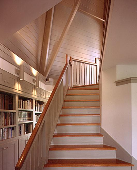 farmhouse interior design wooden stair