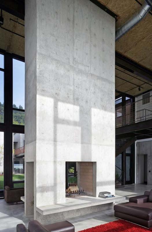 Luxury Family House Design With Exposed Steel Bridge Ideas