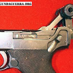 luger_p08_cocking.jpg