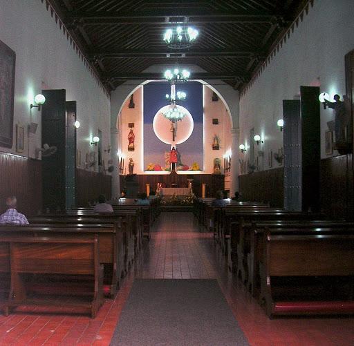 Nave interior de la Iglesia de El Hatillo Caracas Venezuela