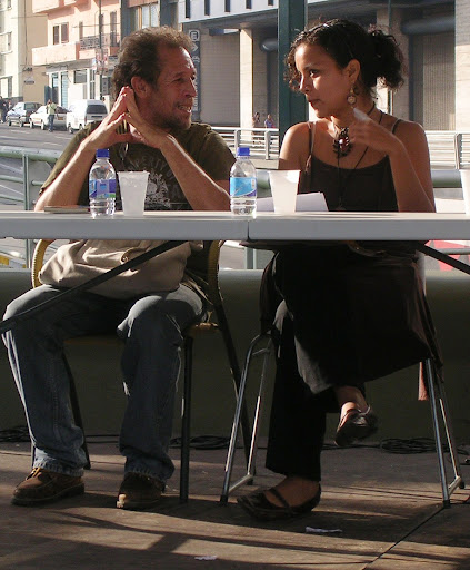 Poetas y poetisa (Plaza Venezuela, Caracas, Venezuela)