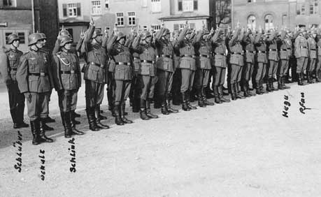 Picture of a line of soldiers