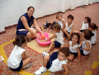 Banho na Boneca com Maternal 2010 – Unidade 2 Educação Infantil