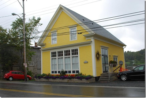 yellow mahone bay