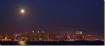 San Diego Downtown et la lune
