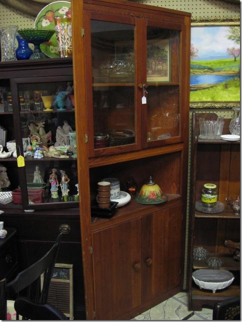 Corner Cabinet2