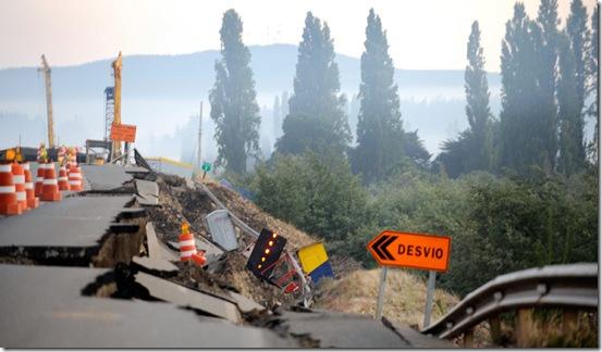 quake.13.afp