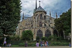 Notre Dame de Paris vue du square Jean XXIII