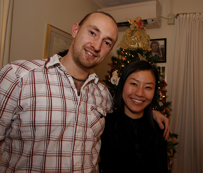UK Mike and Su-young, too bad couldn't find any mistletoe