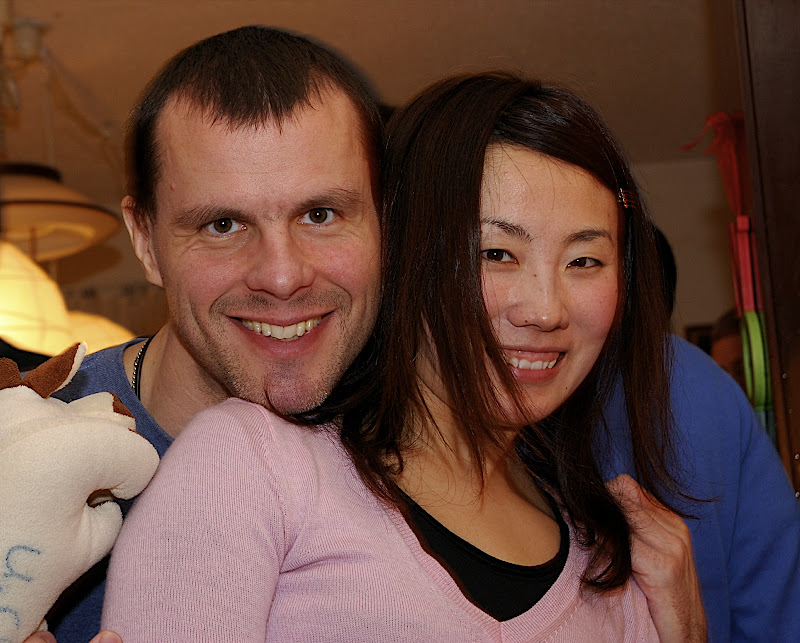 Rob and Hitomi try to make two heads better than none.