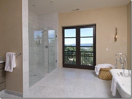 Heraldsburg Palladian villa masater bathroom