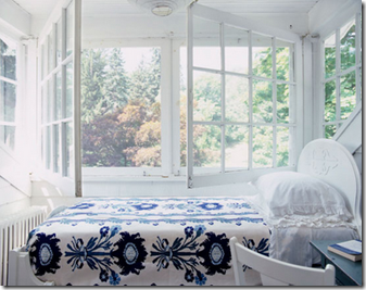 summer porch bed via decorology via photog laura resen