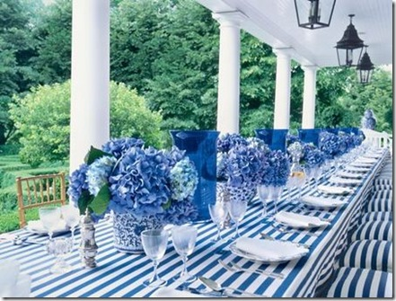 simply seleta blue and white tablescape