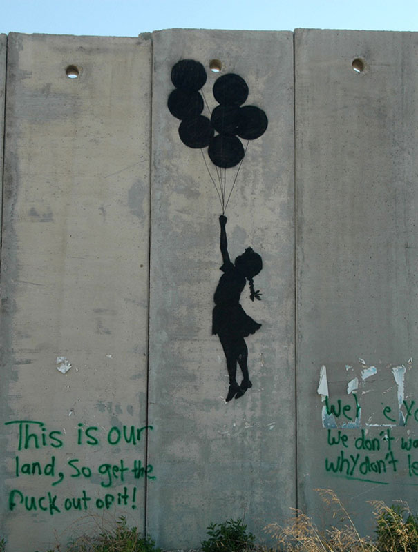 http://lh6.ggpht.com/_9F9_RUESS2E/SsU4oP3oK7I/AAAAAAAABRk/oSd5xNShh1w/s800/banksy-graffiti-street-art-palestine-girl-balloon.jpg
