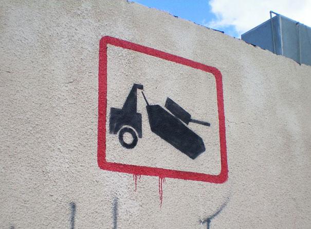 http://lh6.ggpht.com/_9F9_RUESS2E/SsU6Q-wxt5I/AAAAAAAABRo/yjirwIk30bk/s800/banksy-graffiti-street-art-tank.jpg