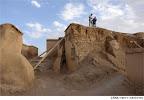 فروریختن دیوارهای زیویه بهدلیل حفاری نادرست و مرمت نامناسب